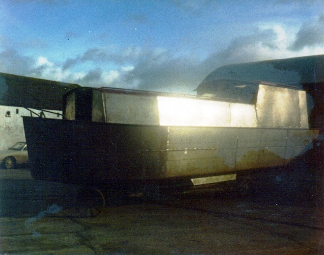46 Lowtown boatbuilding - superstructure © Conroy Collection