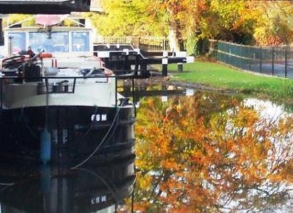 WE 68M on Naas Canal